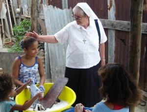Madre Camilla, Missione Esmeraldas