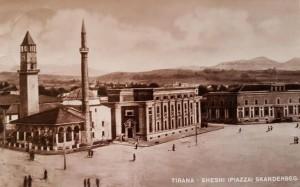 Tirana nel 1940.